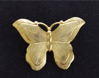 On sale Pretty Vintage Brushed Gold tone Butterfly Brooch, Pin (AG16)