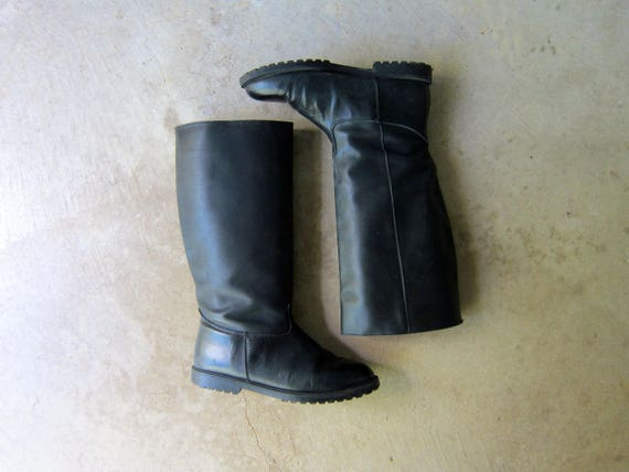Tall Black Leather Boots 90s Lined Fall Winter Boots Canadian Vintage Slouchy Riding Boots Womens Equestrian Slouchy Snow Boots Womens 9.5