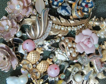 Golden Oldies, Vintage Jewelry Lot, Jewelry Parts, Collage Parts, Salvaged Jewelry