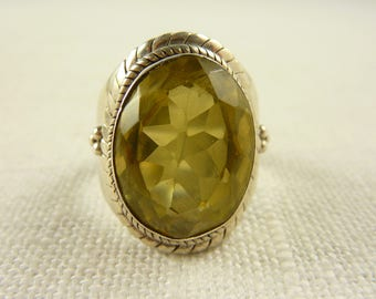Size 7.75 Vintage Sterling and Oval Citrine Stone Ring