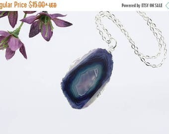 ON SALE Small Purple Agate Necklace, Agate Pendant, Boho Jewelry, Boho, Layering Necklace, Silver Plated Agate Slice Jewelry, APS231