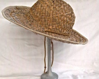 Vintage Heavy Weighted Metal and Wood Hat Stand Vintage Hardware Feed Store Straw Hat Display Stand Warehouse Display Stand Shop Display