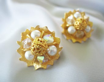 Pearl and Filigree Earrings Goldtone Bright Gold Clip On Backs Brushed Shiny