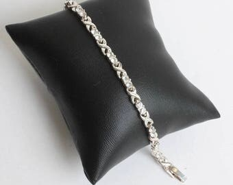 Clear Rhinestone Crystal Link Bracelet Silver Tone Metal X Links Vintage