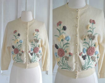 50s Elsie Tu Embroidered Sweater Cashmere Cardigan Floral Embroidery Pearl Button Rockabilly