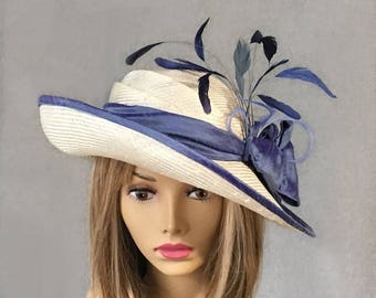 Christine, beautiful straw hat inspired from the Downton Abbey era, with a silk dupioni sash, with feathers