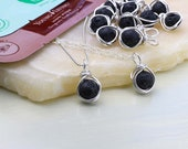 Black lava stone pendant - Gold filled - Essential oil sample included