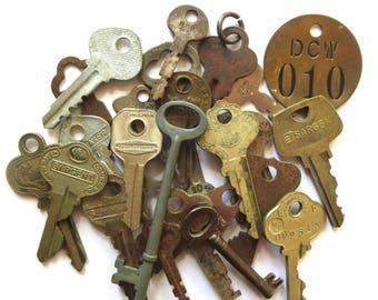24 Vintage keys Vintage assorted keys Mixed keys 2 skeleton keys Mixed media Assemblage Keys for jewelry Brass number tag Altered art MK #40
