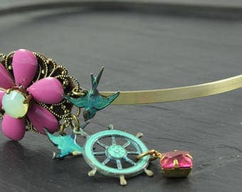 Rudder headband, bird headband, cristal of swarovski, chrysolite opal cabochon, bird verdigris, brass, vintage cabochon