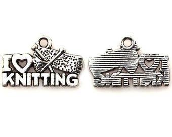 8 breloques inscription j'aime tricoter en anglais en métal argenté 1.3 x 2 cm