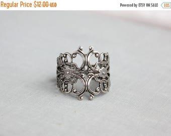 VACATION SALE- Antique Silver Filigree Statement Ring. Adjustable.