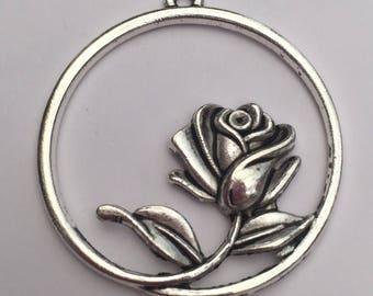 1 x large rose in circle tibetan silver pendant