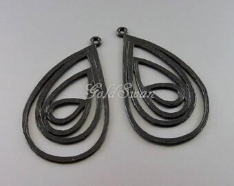 2 abstract teardrop filigree pendants, multiple teardrop pendants, black lacquer coated brass 1601-BL