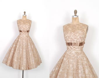 Vintage 1950s Dress / 50s Coco Lace Party Dress / Full Skirt ( medium M )