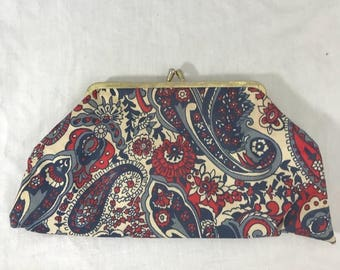 60s Psychedelic Red Blue Kiss Closure Clutch