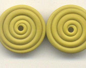 18mm range, Tom's handmade lampwork opaque satin (etched) frosted pistachio green 2 disc spacer/drops set, 1 pair 98238-2