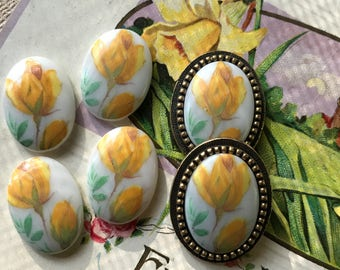 Yellow Rose Cabochons,Brass Setting,Vintage 18x13mm Floral Rose Flowers Limoges Cabochons Yellow NOS #1090
