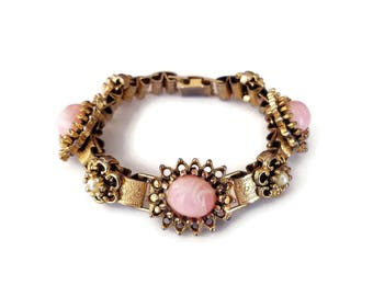 Victorian Book Chain Art Glass Bracelet - Faux Pearls, Pink Glass, Gold Tone, Mid Century Jewelry, Gifts for Her, Vintage Bracelet