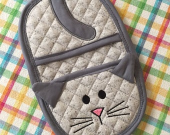 Kitty Cat Finger Tip Oven Mitt, Trivet, Hot Pads, Table Decor, Oven Mitt. Hostess Gift, Teacher Gift