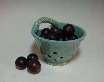 Aqua Blue-Green Berry Bowl Fruit Bowl Colander with Single Handle - In Stock