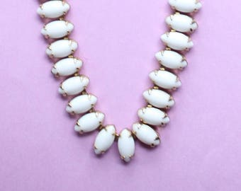 1960's White Glass Choker Necklace