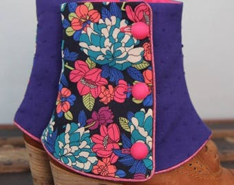 SHORT SPATS flowers blue and raspberry