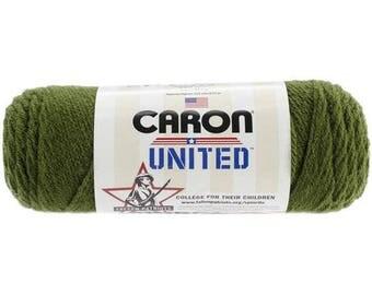 Acrylic Yarn Dark Green 6016 Caron United Yarn