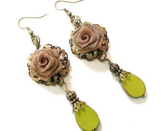 Green roses earrings, czech glass beads and bronze earring hooks, long earrings, dangle earrings