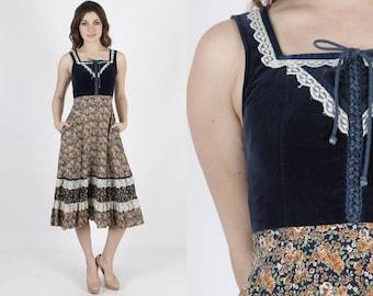 Calico Dress Boho Dress Boho Hippie Dress Renaissance Corset Dress Vintage 70s Velvet Dress Floral Boho Hippie Lace Prairie Pockets Mini S