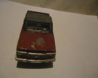 Vintage Tootsietoy Chevy LUV 4x4  Red Pickup Truck, Metal and Plastic, collectable