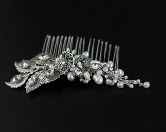 Bridal hair comb, Bridal Hair piece, Pearl hair comb, Pearl hair piece, Wedding hair piece, Bride hair accessory, Wedding hair accessories