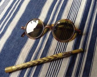 tortoize Français des années 1920 ronde cadres lunettes de soleil qu'il est