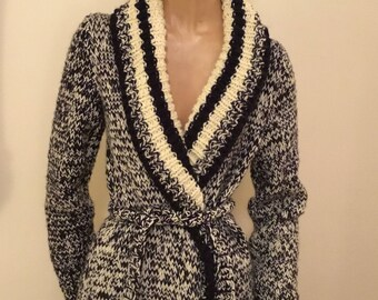 Bulky Hand Knit Black and White Sweater Small