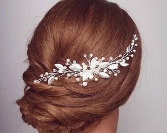 Wedding Hair Comb, Pearl Hair Comb, Beaded Headpiece, Leaf Hair Comb, Pearl Hair Vine,  Bridal Hair Piece, Wedding Headpiece, Hair Accessory