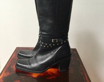 Vintage Frye black leather mid calf motorcycle Studded Boots Size 7