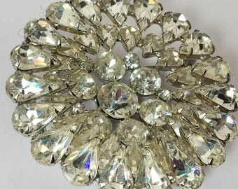 Vintage Large Weiss Rhinestone Brooch Prong Set Dimensional