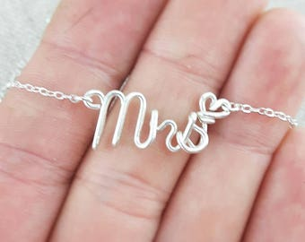 Mrs Necklace, Custom Name Necklace, Personalized Bride Gift, Silver Name Necklace,  Last Name, New Bride Gift Ideas, Mrs Gift, Anniversary