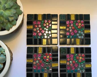 Mosaic Coasters Black and Glitter Gold Pretty Flowers
