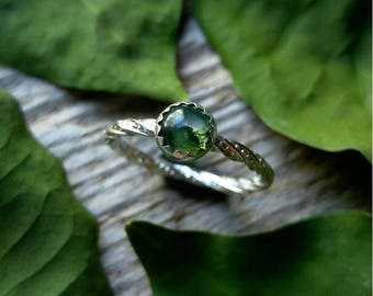 Moss Agate Ring sz6.5 Sterling Silver Size 6.5 Green Stone Gemstone 925 Jewelry