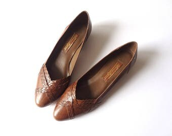 1980s Leather Flats, vintage Etienne Aigner low heel pointy toe slip on shoes size 8.5N