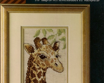 "Cross Stitch Pattern Counted Baby Giraffe 5"" x 7"" on 14count Vintage Cross Stitch Patterns Cross Stitch Leaflet"