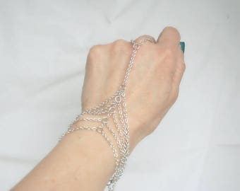 Adjustable ring bracelet silver and large rings (m10a-2)