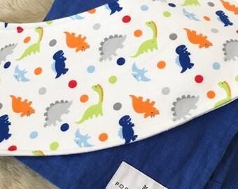 Dinosaur Dots Oliebib - babywearing bib and burp rag, full coverage and waterproof!