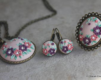 Gorgeous Polymer Clay Applique Statement Pendant Necklace, Earrings and Ring Set in Purple and Peach