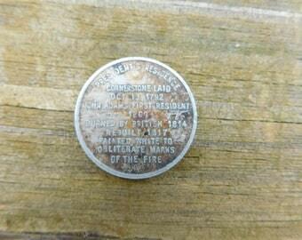 Vintage The White House Washington DC Souvenir Coin or Token Very Old  dr23
