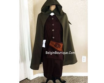 Frodo Baggins Hobbit from Lord of the Rings travel suit costume Cosplay custom size: Teenager and Adult size