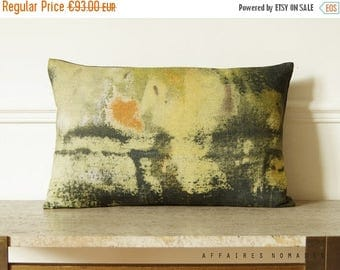 """ON SALE Yellow abstract art pillow. Vintage inspired oblong cushion cover 14""""x 22"""" .. / RETRO-Moderne"""