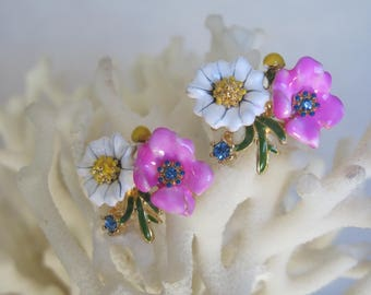 Summertime White Daisies n Passionate Pink Enameled Flowers Stud Earrings