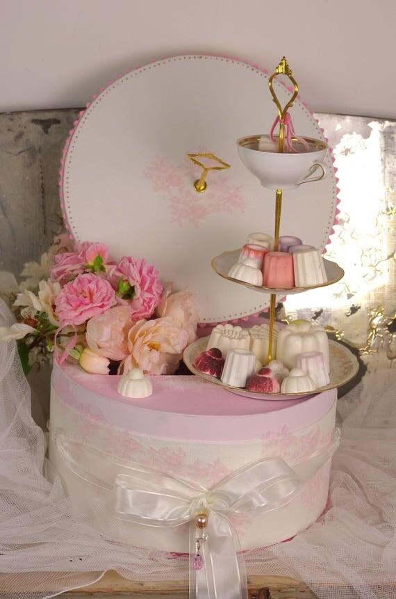 Votre coffret  mariage  urne dentelle boite à dons dentelle boite à souvenirs