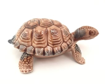 Wade Tortoise Jewelry Box - Wade Turtle Box - Irish Wade Tea Figurines - Wade Whimsies Turtle Whimsies Tortoise - Keepsake Box Vintage Wade